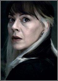 De Slag om Zweinstein - Narcissa Malfidus zegt dat Harry Potter dood is.jpg